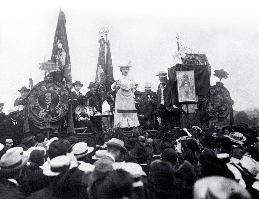 Rosa_Lux_Stuttgart_1907